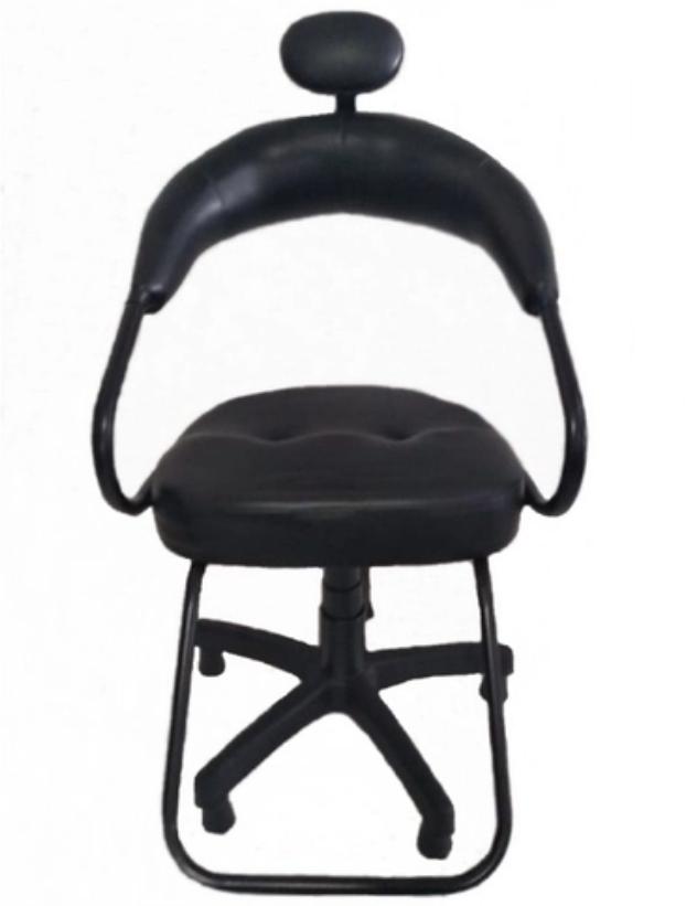 Modelo Cadeira para cabeleireiro Preta da Versiani Móveis