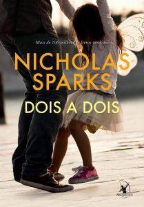 Capa do livro Dois a dois de NIcholas Sparks