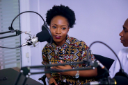 Podcasts feitos por mulheres: conheça alguns dos melhores